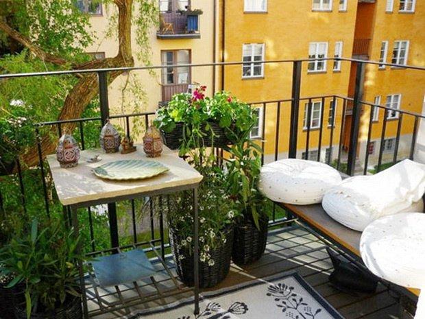 Amazing Balcony Furniture Idea