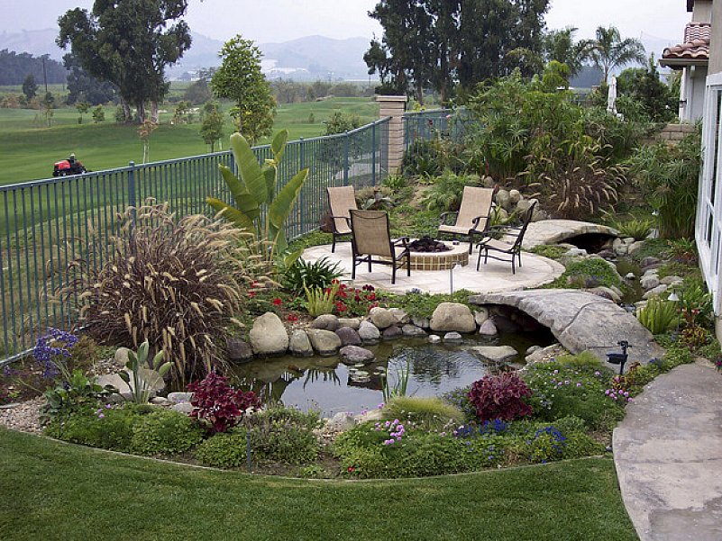 Aweome Backyard Landscaping Idea