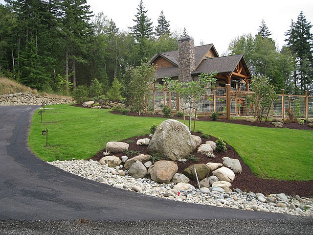 Best Driveway landscaping