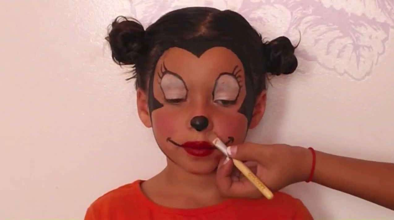 Download Minnie Mouse Makeup Image