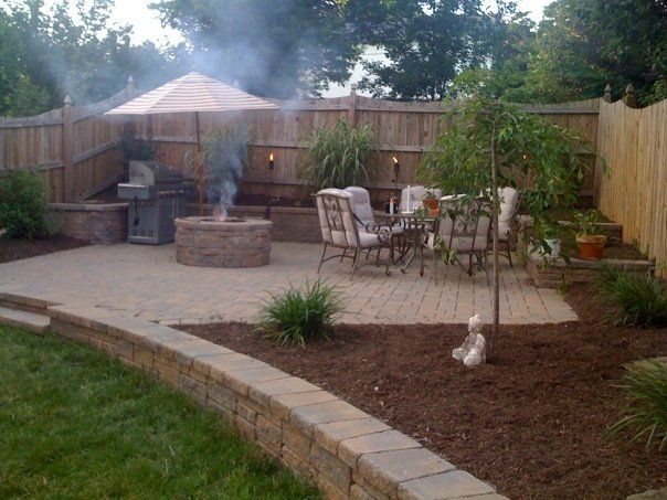 Download Small Yard Idea