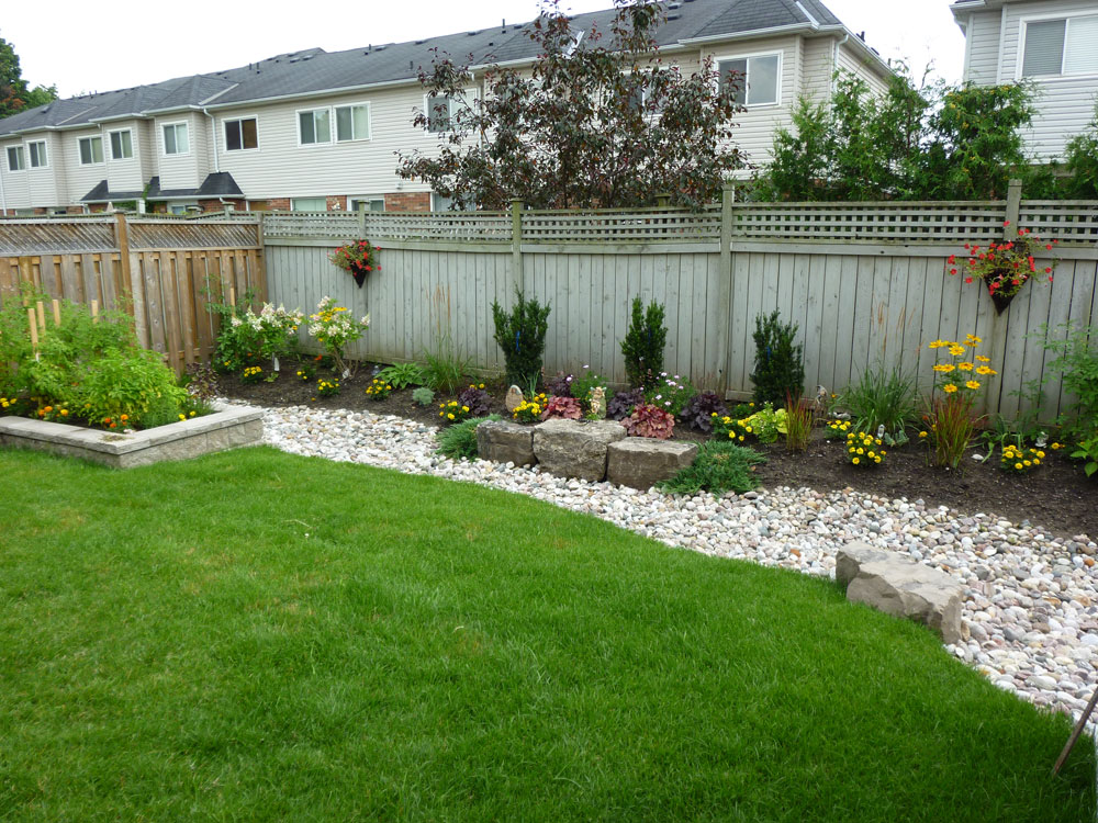 Free Backyard Landscaping Idea