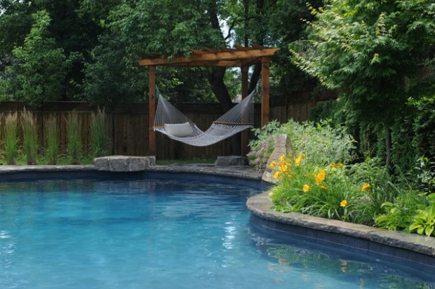 Free Pool landscaping Idea