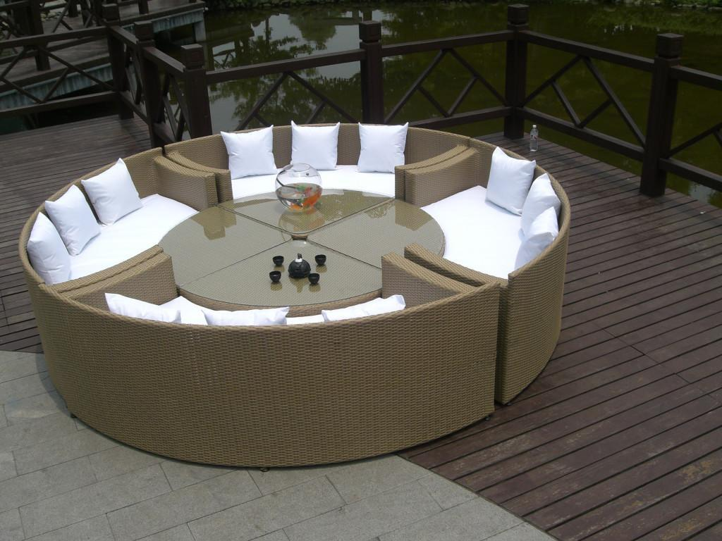 Garden Furniture Picture