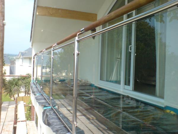Glass Balcony Image
