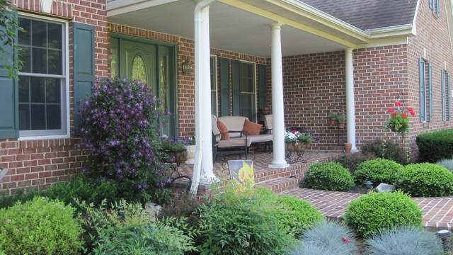 Latest Front Porch Decorating Idea