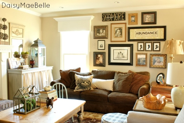 Living Room Wall Decor Image