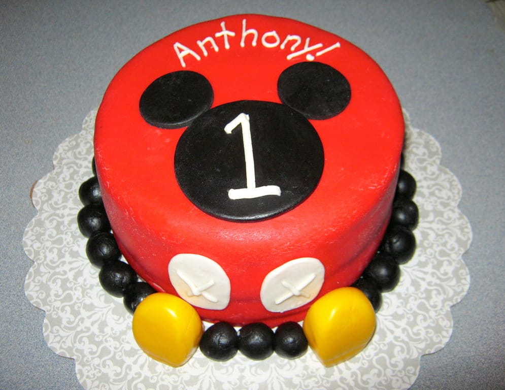 Mickey Mouse cake Design