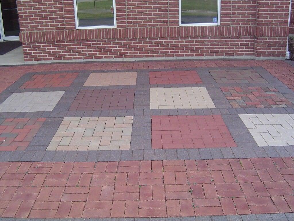 Modern Patio Bricks Idea