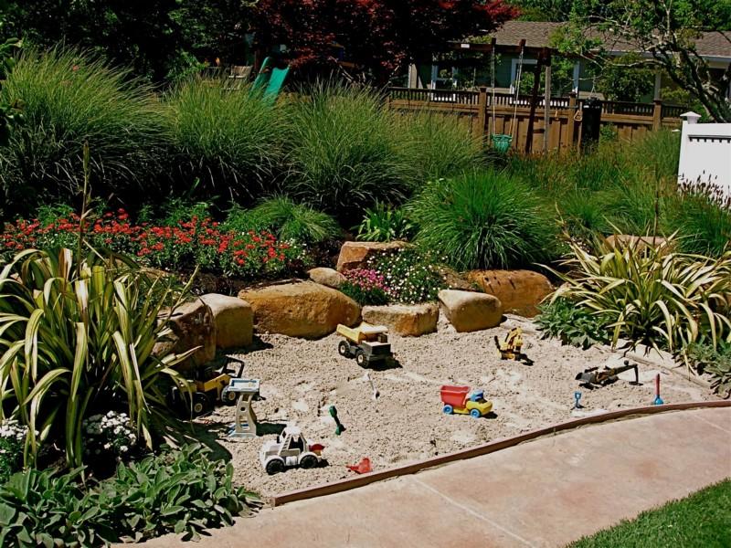 Modern Vegetable Garden Idea