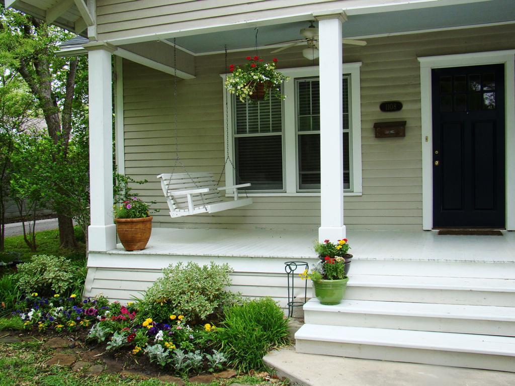 Online Front Porch Idea