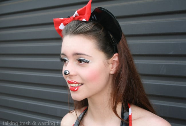 Online Minnie Mouse Makeup Image