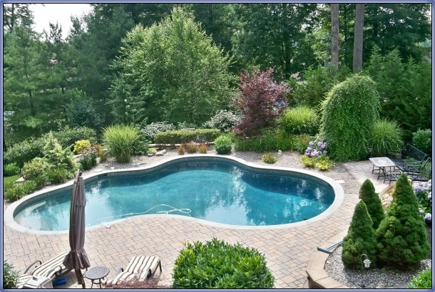 Online Pool landscaping Idea