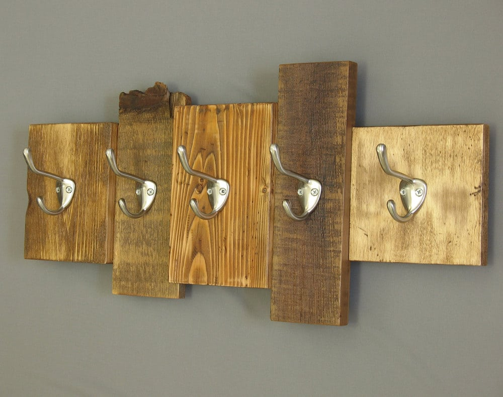 Rustic Wall Decor Idea