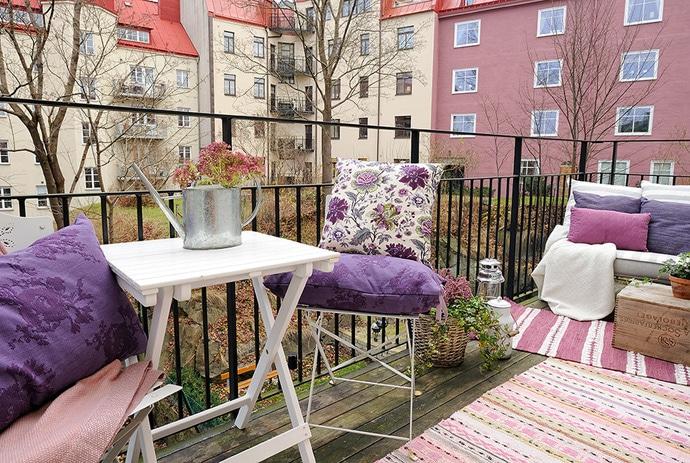 Save Balcony Furniture Idea
