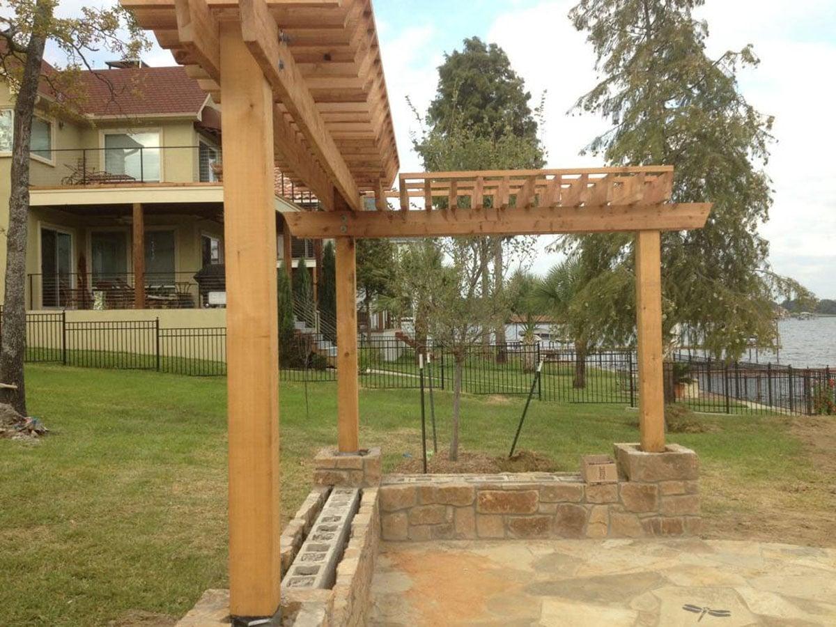 Simple Backyard Patio Design