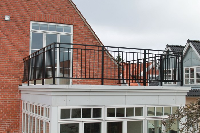 Simple Balcony Railing