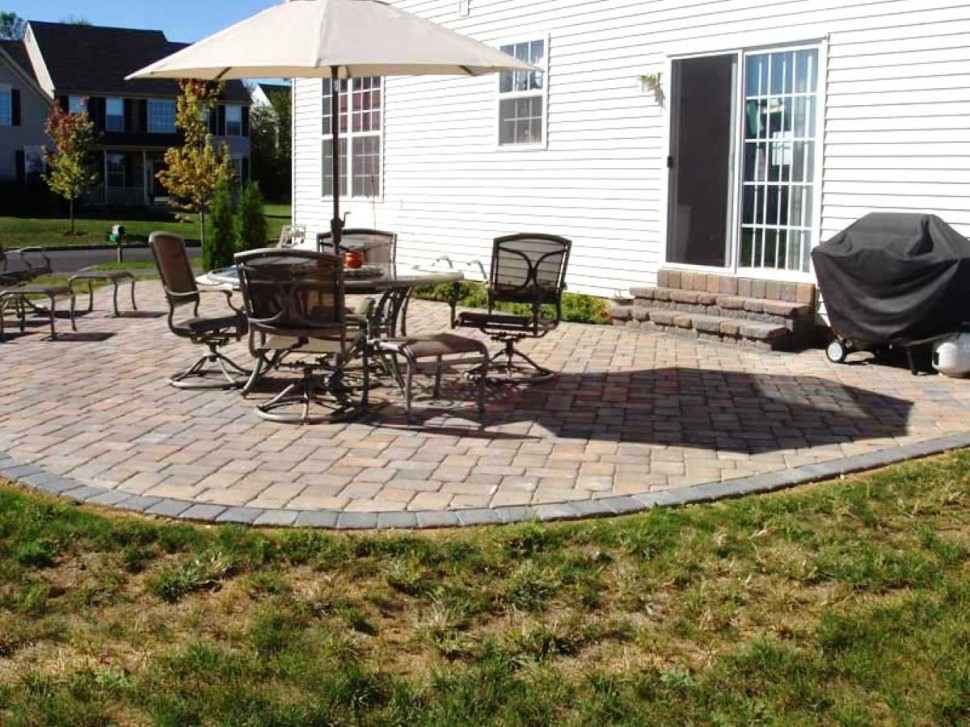 Simple Cheap Patio Idea