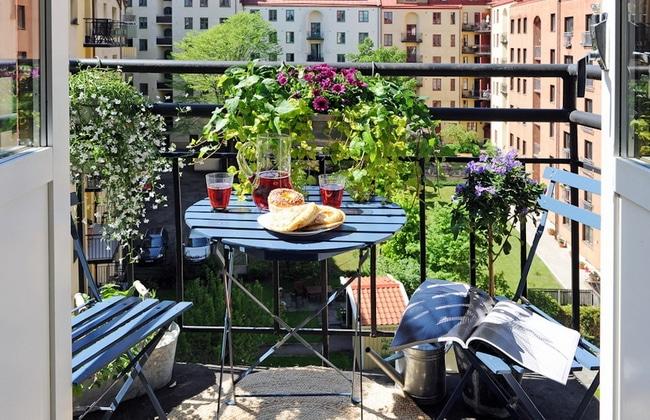 Small Balcony Cool Idea