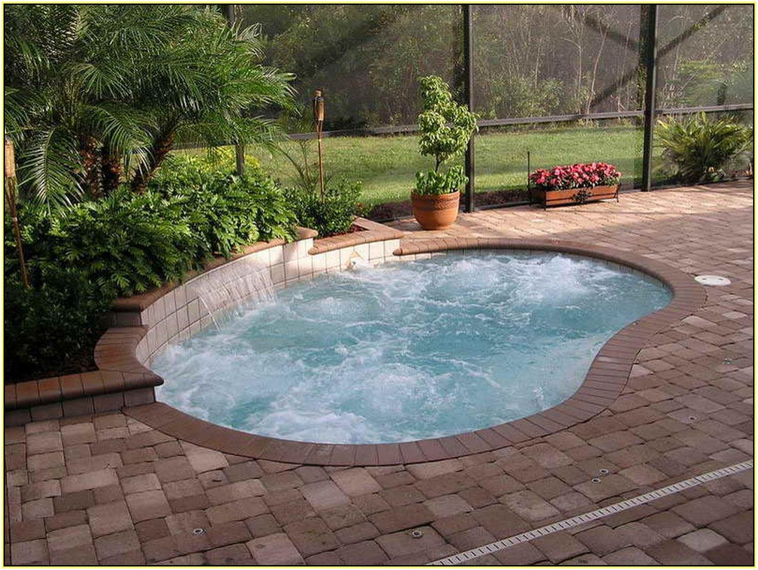 Small Ingroud Pool Design